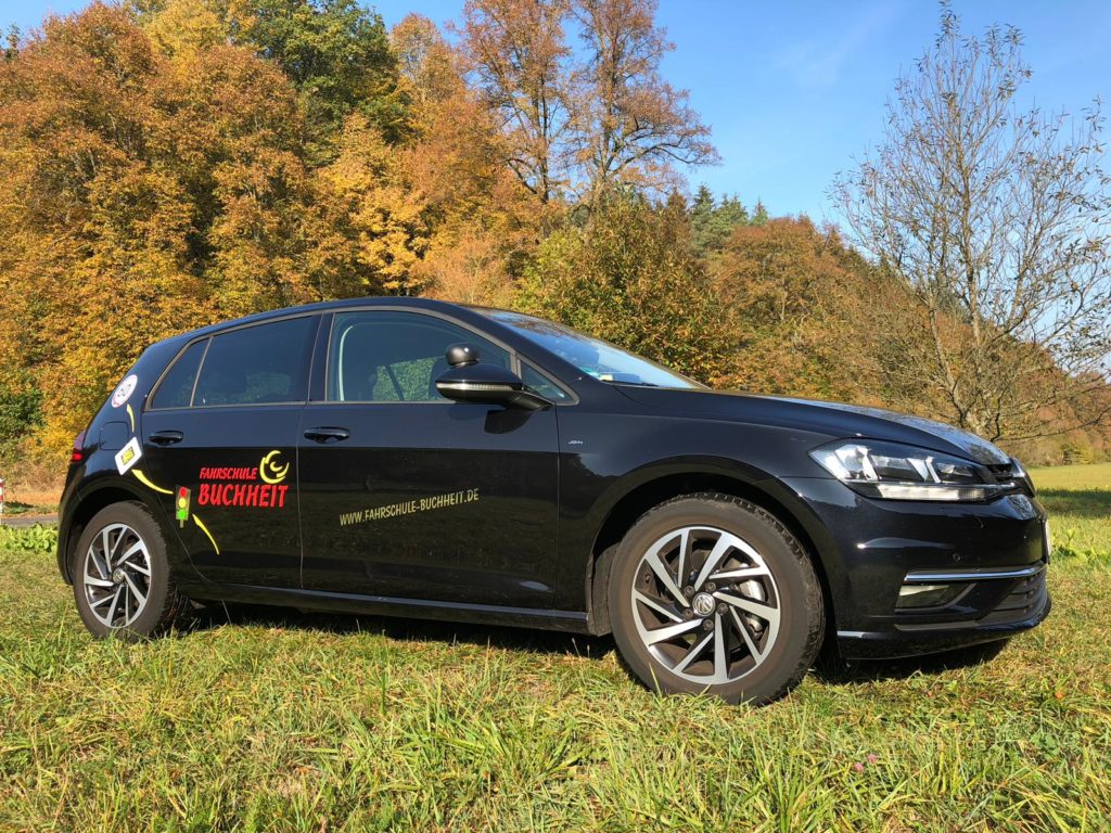 VW Golf Comfortline 2,0l TDI 6- Gang